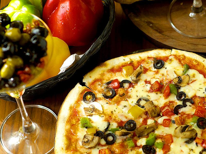 Connaught Place boasts of a range of cafe/restaurant options.