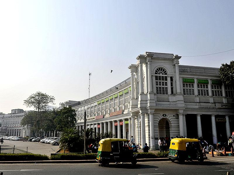Connaught Place is the perfect bridge between our colonial heritage and globalised India. With new eateries, a free Wi-fi zone, Metro connectivity and ample parking, the market is staging a comeback. (Photo: Saumya Khandelwal/HT photo)