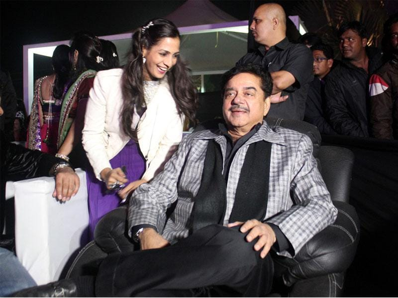 Actor Shatrughan Sinha in Indore to attend the inauguration of a township. (Shankar Mourya/HT photo)