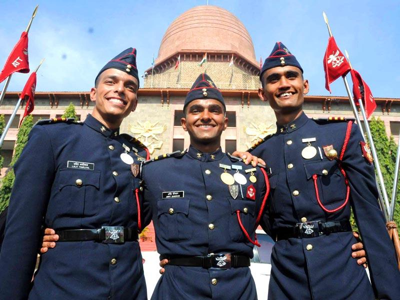 Cadets celebrate after the 127th Passing out Parade at National Defence Academy in Pune. (HT photo)