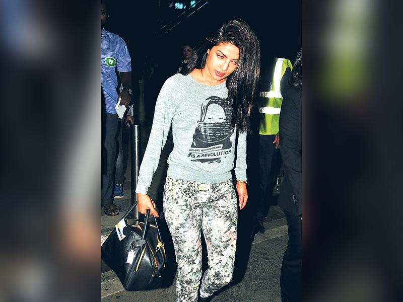 Priyanka Chopra was snapped outside the domestic airport in Mumbai. (HT Photo)
