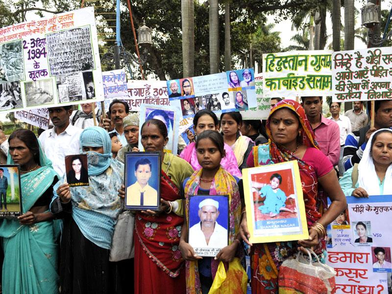 Sambhavna Trust organised a peace march to pay homage to Bhopal gas tragedy victims in Bhopal. (Praveen Bajpai/HT photo)