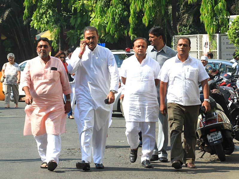 NCP leader Praful Patel is seen outside the Breach Candy Hospital in Mumbai where the party chief Sharad Pawar is being treated after he sustained injuries to his hips and legs after he fell down at his Delhi residence. (HT photo)
