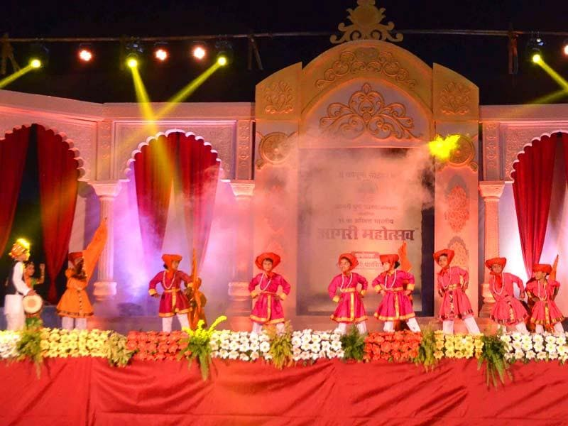 The eight-day festival Aagri Mahotsav was inaugurated in Dombivli. The event in its 12th year, has been organised by the Aagri Youth Forum. (Rishikesh Choudhary/HT photo)