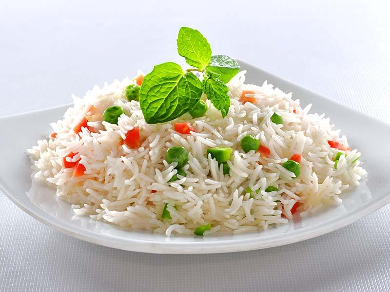 Have some rice: White rice is bland and low in fiber, so your stomach doesn't have to work hard to digest it. Similar plain foods, like toast and boiled potatoes, won't stress out your sensitive stomach and can help stop diarrhea by absorbing fluids.