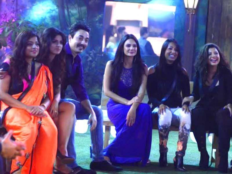 The celeb guests enjoy at the grand party in Bigg Boss 8 house.