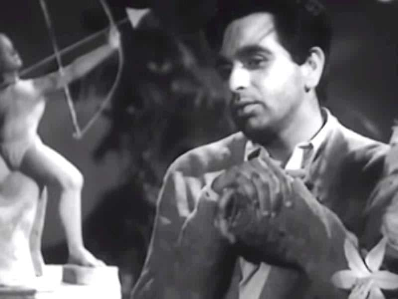 Daag: Dilip Kumar got his first Best Actor Filmfare Award for the 1952 film Daag where he played a poor man who leaves for the city to earn money only to return back and realise that his beloved plans to marry someone else.