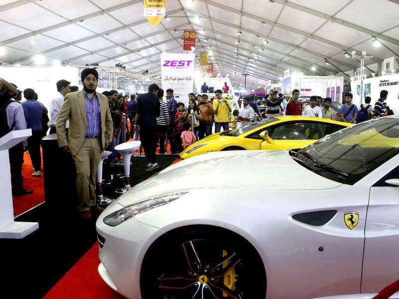 Auto enthusiasts turned up in huge numbers at the Autocar Performance Show 2014 at BKC in Mumbai. (Pratham Gokhale/HT photo)