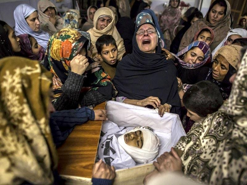 Women mourn their relative Mohammed Ali Khan, 15, a student who was killed during an attack by Taliban gunmen on the Army Public School in Peshawar, Pakistan. (Reuters Photo)