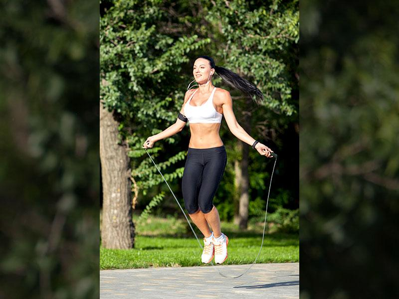 Jump away to glory: Warm up your body by jumping rope or by simply doing on-thespot jogging while listening to your favourite songs in your home. It is very important to warm your body and muscles, especially during winters.