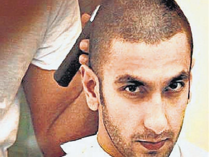 Ranveer Singh has got his head tonsured for the film, Bajirao Mastani, in which he plays a Maratha Peshwa.