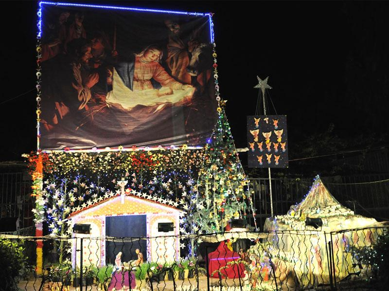 A church at Chhavani in Indore has been decked up ahead of Christmas. (Amit K Jaiswal/HT photo)