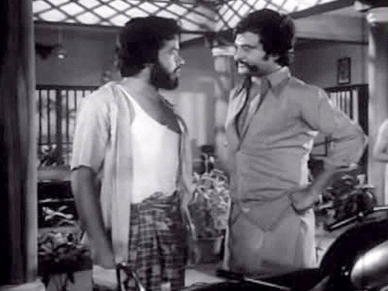 Thappu Thalangal: The 1978 Tamil movie featured Rajinikanth and Saritha in lead roles.