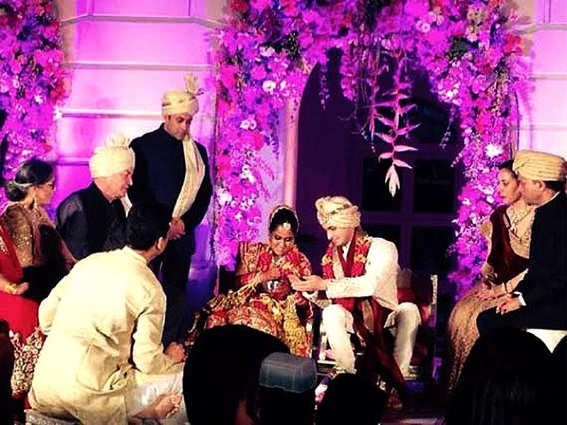 Salman Khan's sister Arpita got married to beau Aayush and Bollywood had a blast. All the glitteratti was present at Hyderabad's Falaknuma Palace where the nuptials took place as well as at a Mumbai reception. And not to forget, this was the event where Shah Rukh Khan and Salman decided to hug and make up.
