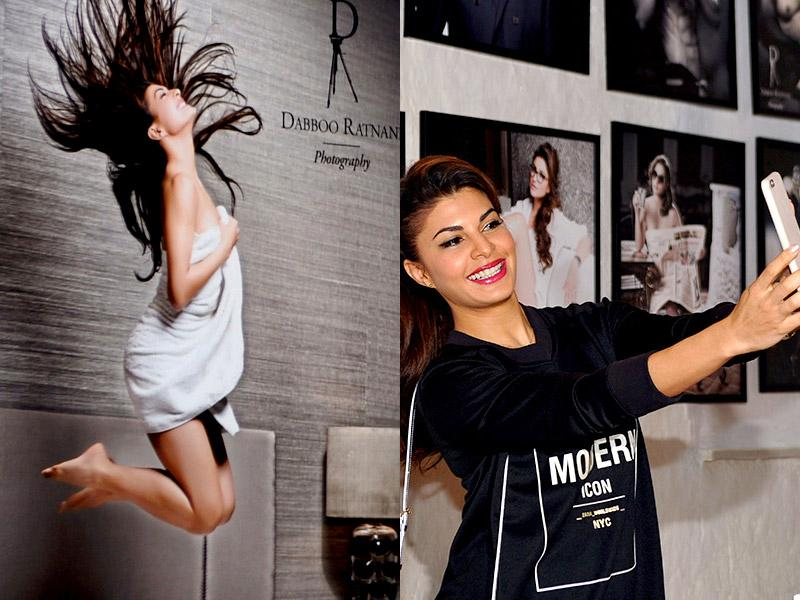 The bubbly Jacqueline Fernandez was a picture of beauty. The actor even took a selfie with her calendar photo.