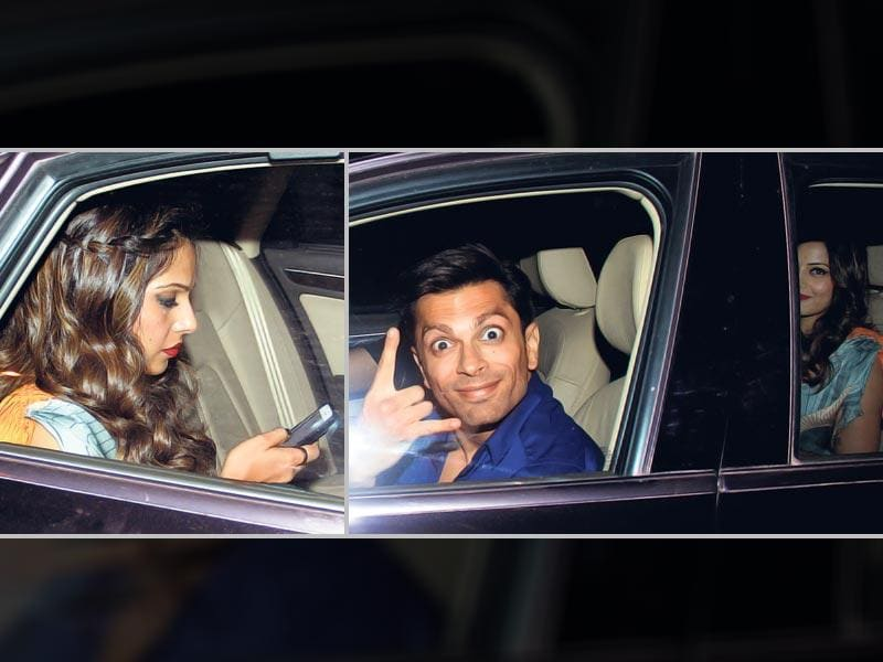 Bipasha Basu and Karan Singh Grover spotted together outside a Mumbai restaurant (Photos: Yogen Shah)