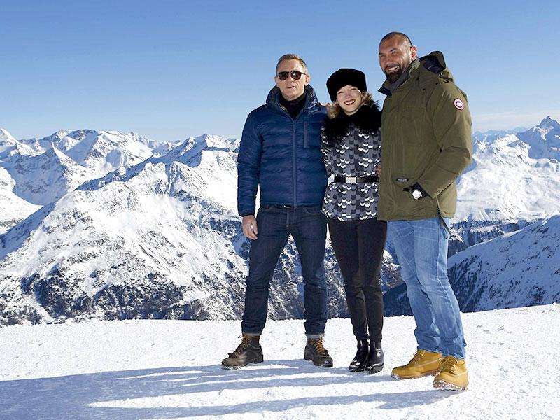 Actors Daniel Craig, Lea Seydoux and Dave Bautista (L-R) pose during a photocall to promote the new James Bond film Spectre at Gaislachkogel mountain in the Austrian ski resort of Soelden January 7, 2015. (Reuters)