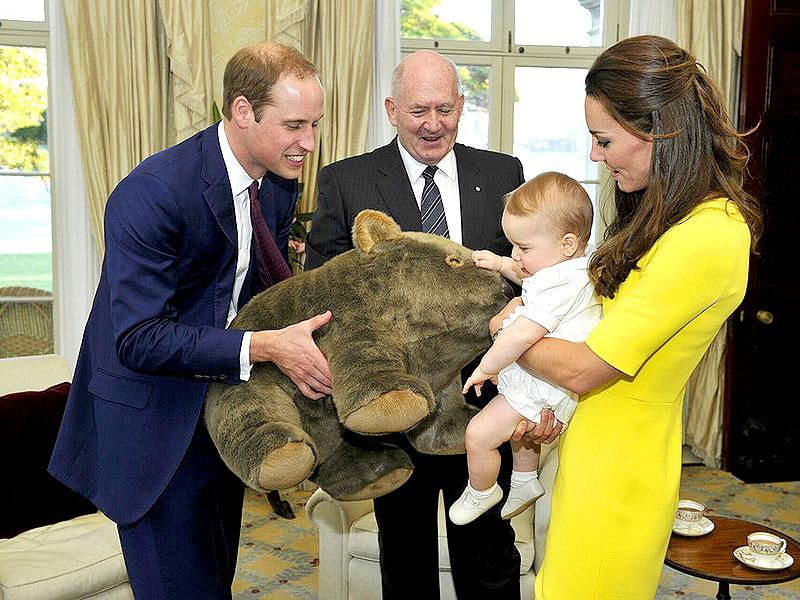 Kate with Prince George at Admiralty House. The royal cuteness was gifted a giant wombat toy which he seemed to like.