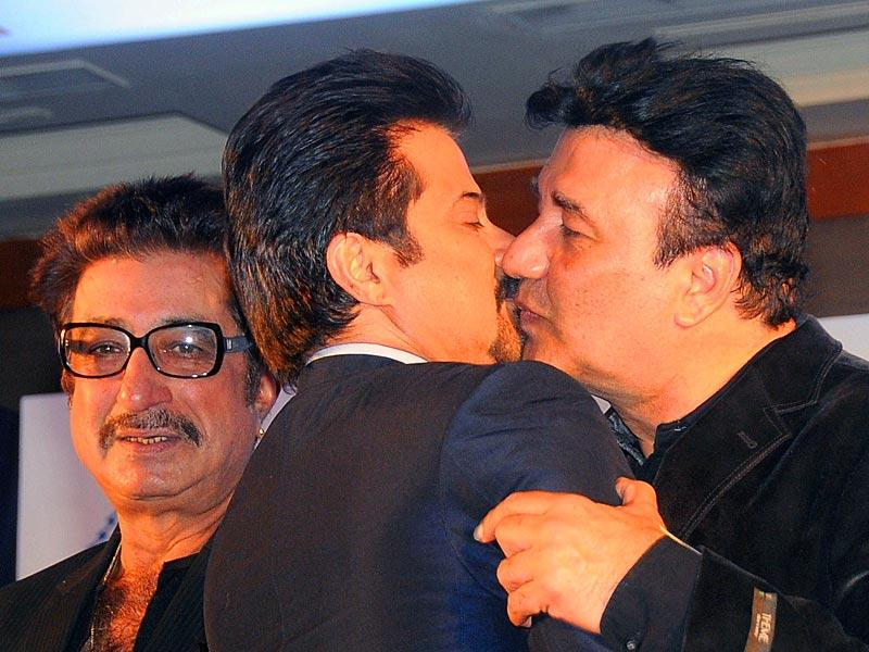 What's up Annu and Anil? From Left to right: Shakti Kapoor, Anil Kapoor and music director Annu Mallik attend the mahurat (auspiciuous inauguration) of the forthcoming comedy Hindi film Hera Pheri 3 in Mumbai on January 12, 2015. (AFP Photo)