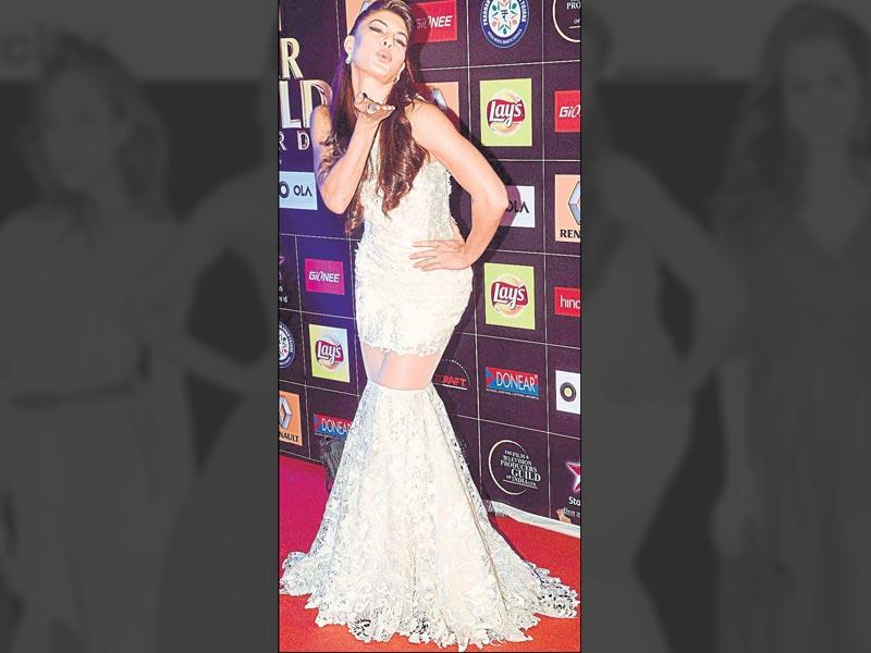 Winter white is hot on the red carpet. We'll let Jacqueline Fernandez's floor-sweeping gown do the talking.