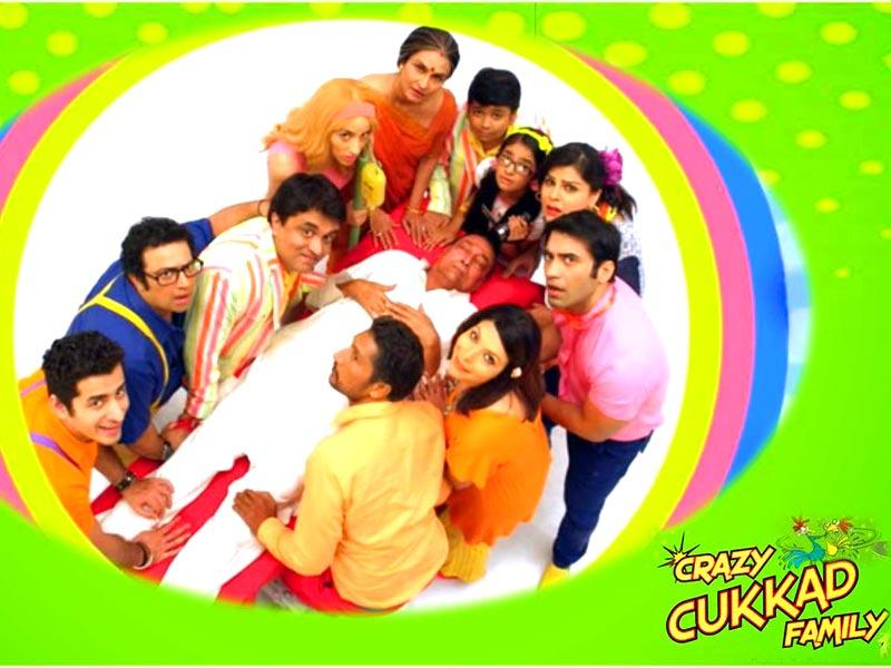 Prakash Jha's production, Crazy Cukkad Family, features Swanand Kirkire, Shilpa Shukla, Zachary Coffin, Nora Fatehi, Kushal Punjabi Jugnu Ishiqui and Anushka Sen in lead roles. The film hits theatres on January 16.