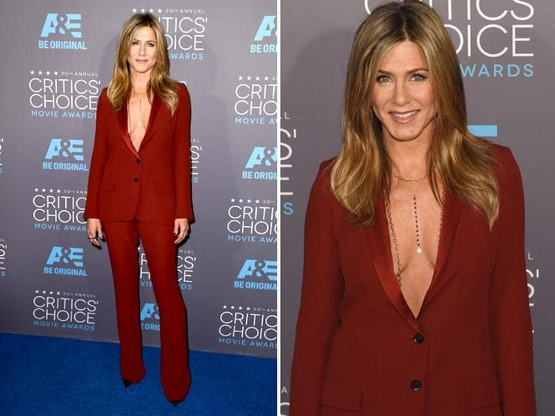 Cake star Jennifer Aniston was also present at the awards function. (Agencies)