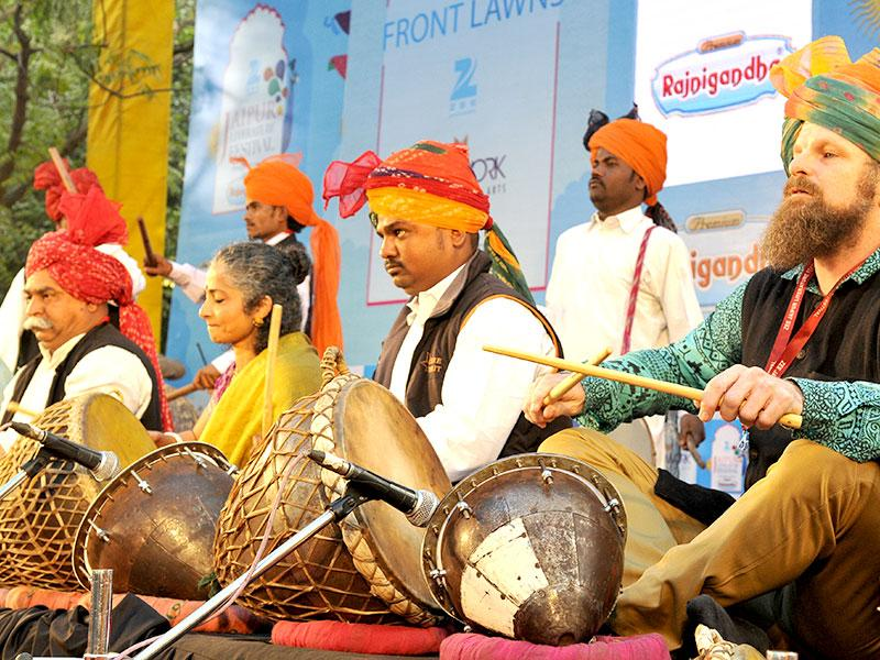 Aritists perform during the inauguration. Photo by Mohd Zakir / Hindustan Times