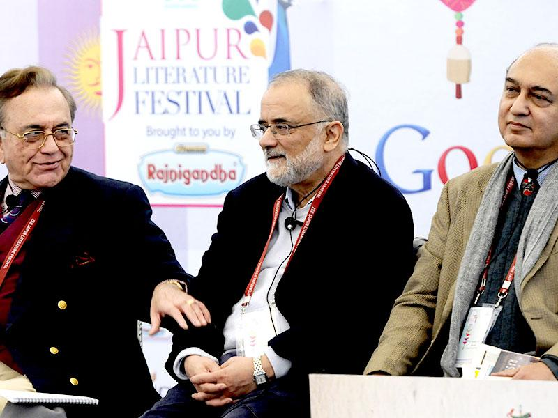(From Right) G Parthasarthy, Ahmed Rashid and Khurshid Mehmood Kasuri at a session on Descent Into Chaos: Pakistan On The Brink during the second day of the Literature Festival. Photo by Mohd Zakir / Hindustan Times