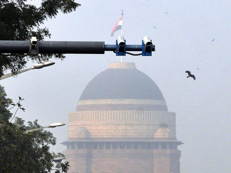CCTV cameras were installed on the route of US President Obama on every 180 meters from Airport to Rajpath, in New Delhi. (Vipin Kumar/ HT Photo)
