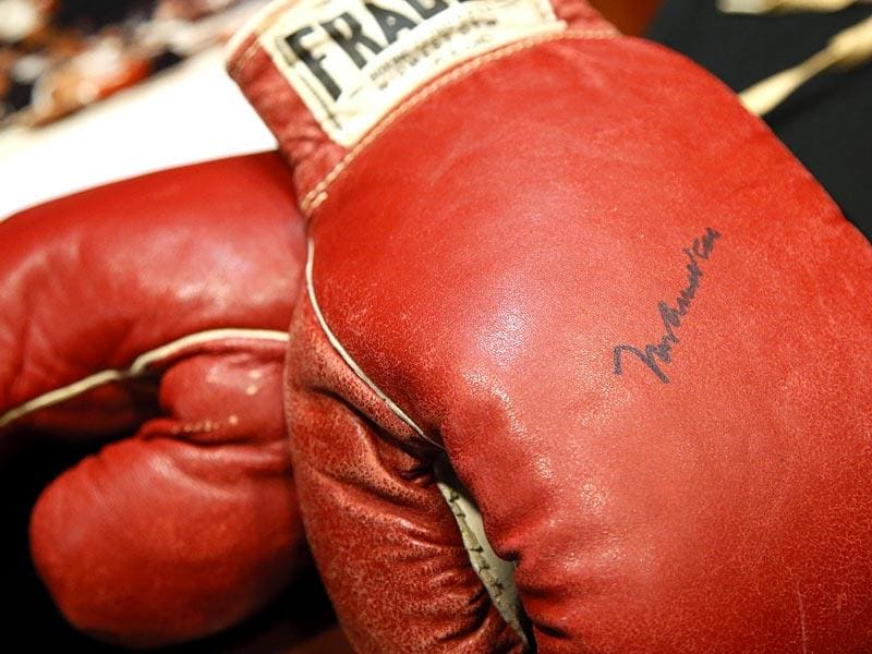 The Lewiston rematch was the first bout in which Ali stepped into the ring as Muhammad Ali after converting to Islam. He was still Cassius Clay a year earlier when he won the championship from Liston in Miami. His glove from that bout sold last year at Heritage Auctions for $836,500. (Text and Photo: AP)