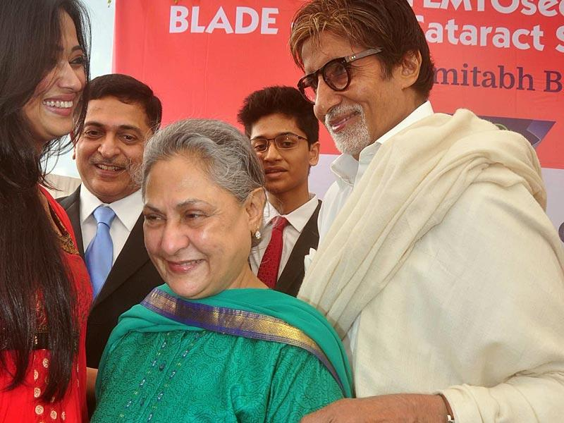 Jaya and Amitabh Bachchan were joined by Shweta Tiwari at this event. (IANS)