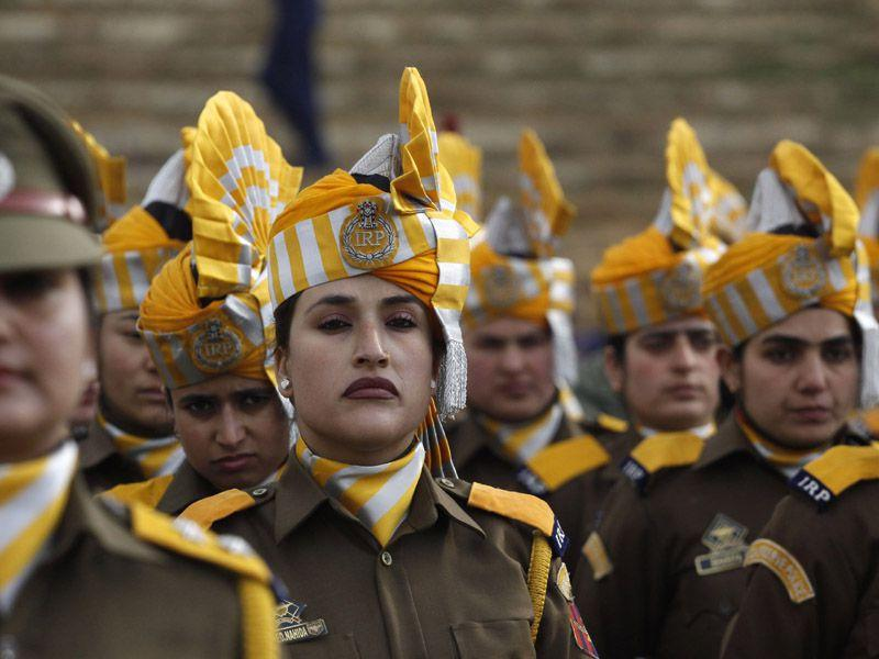 Jammu and Kashmir police take part in a full dress rehearsal for the Republic Day parade in Srinagar on Saturday. Waseem Andrabi/HT