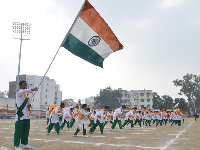 School Children performing during Republic Day Celebration in Amritsar on Sunday.Sameer Sehgal/HT Photo