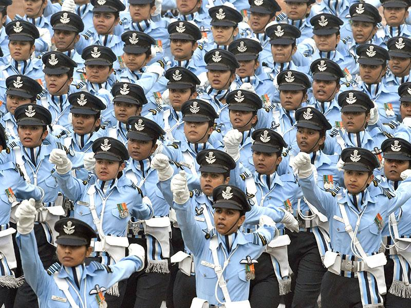 Women contingent marching at the Republic Day parade on Monday. (Ajay Aggarwal/ HT Photo)