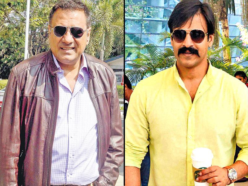 Boman Irani, Vivek Oberoi spotted at the airport. (HT photo)