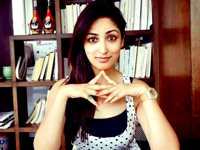 Yami Gautam on her look: I like to keep it very simple and natural. And we admire her efforts.