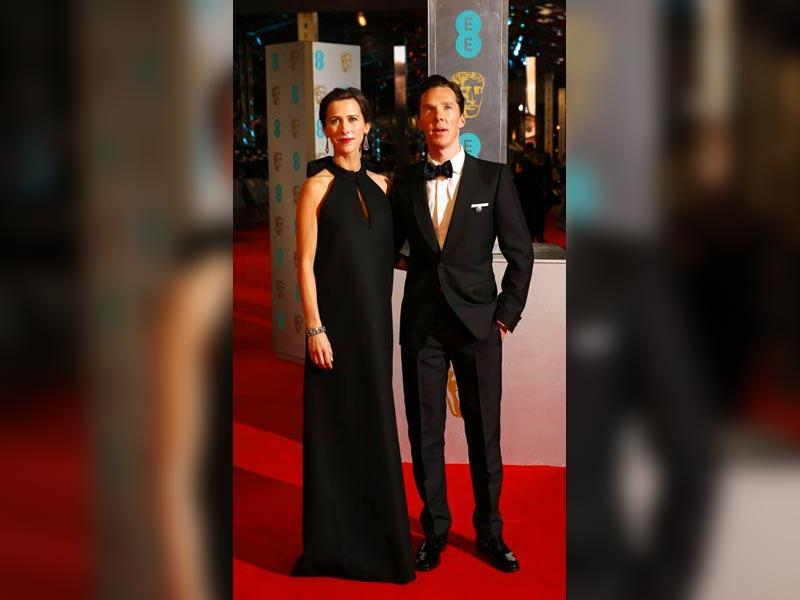 Benedict Cumberbatch and Sophie Hunter look stunning together at the BAFTA red carpet. (AFP)