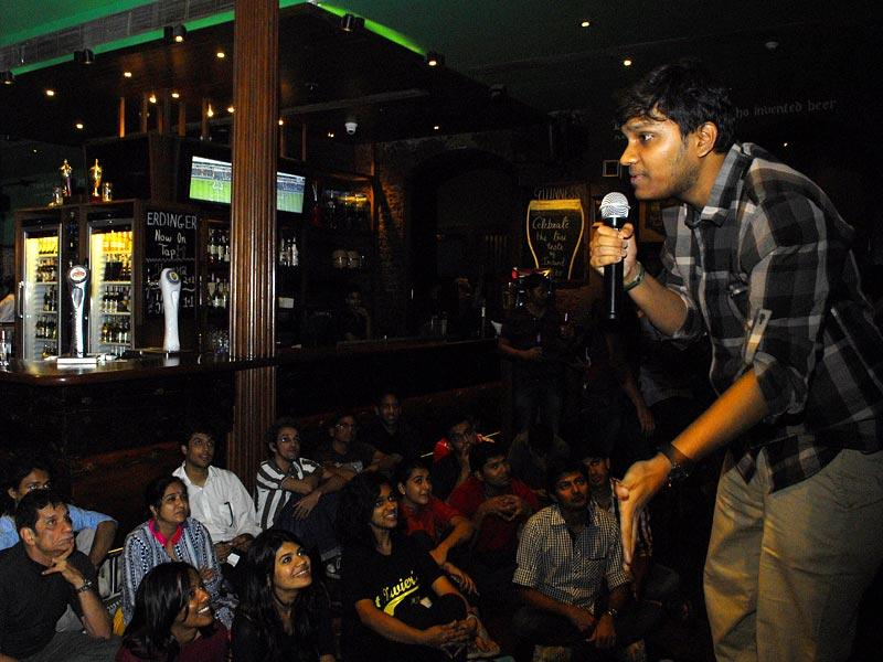 Stand-up comedian performs at the Irish house during the HT Kala Ghoda Arts Festival in Mumbai. (Prodip Guha/HT photo)