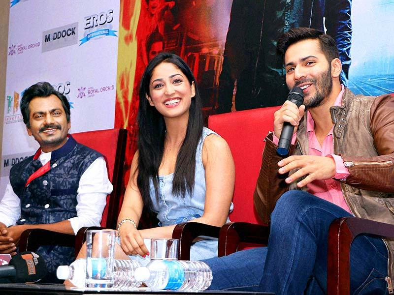 Actors Varun Dhawan, Yami Gautam and Nawajuddin talking to the media during the promotional event of their upcoming movie 'Badlapur' in Jaipur on Tuesday. (PTI Photo)