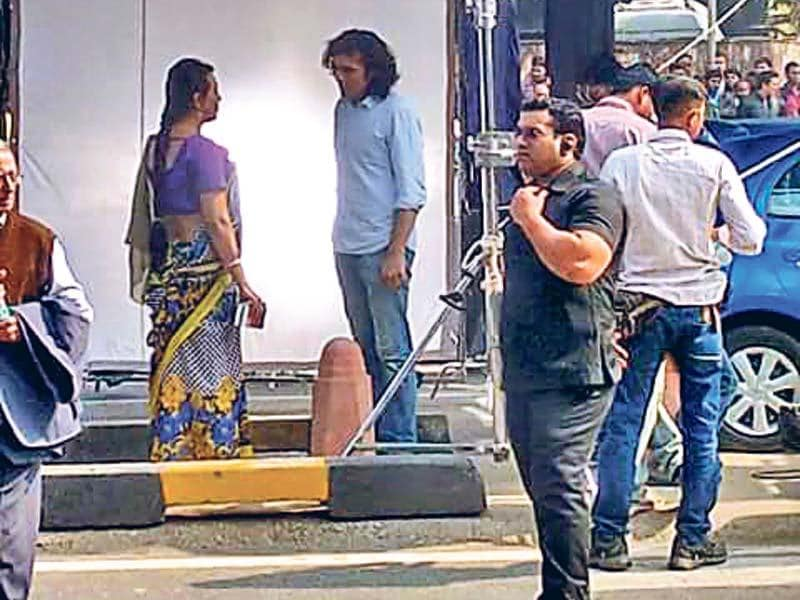 Filmmaker Imtiaz Ali caught shooting Tamasha in Delhi.