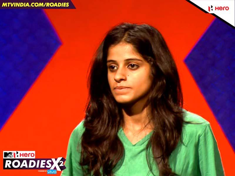 Tanya, another contestant, says she is physically prepared to perform all tasks in Roadies, but the judges have another opinion.