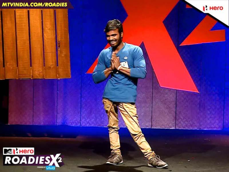 Rishi, a contestant, is currently a student. Although he is physically disabled, he still practises bodybuilding and can do one physical exercise which no other person can do! Check out the auditions to see what is it.