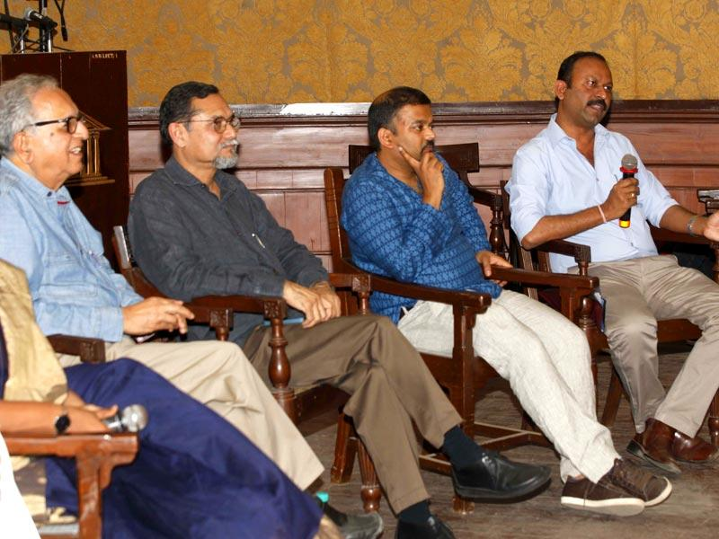 (L-R) Panelists Ashok Datar, PK Das, Madhav Pai and Hindustan Times' Shailesh Gaikwad at a panel discussion on 'Coastal Roads', at Durbar Hall as a part of the HT Kala Ghoda Arts Festival, in Mumbai. (Vidya Subramanian/HT photo)