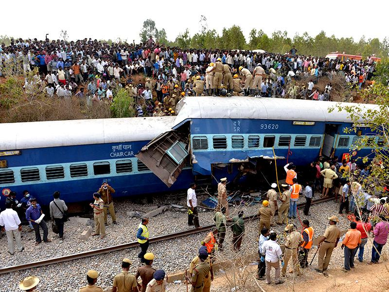 Railway officials said about nine coaches derailed in the mishap that occurred between Anekal-Hosur on the Karnataka-Tamil Nadu border at around 7.40am on Friday. (AFP photo)