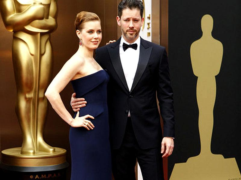 Amy Adams and Darren Le Gallo mesmerized at the red carpet of The Oscars in 2013