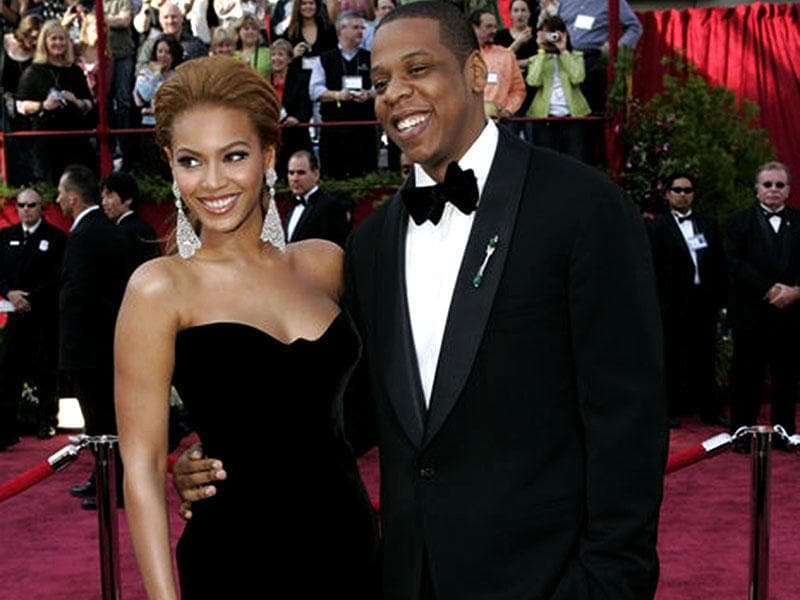 Beyonce and Jay Z looked stunning together at the red carpet of 77th Academy Awards in 2005
