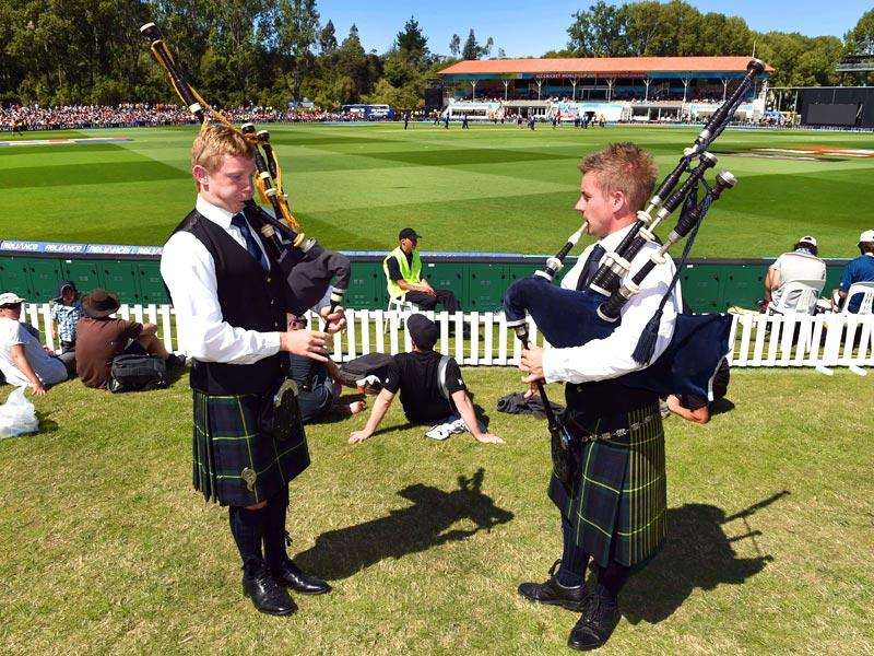 Two pipers play the bagpipes as New Zealand play Scotland during the match, the Scotish team had some support even though they were up against the home team. (AFP Photo)