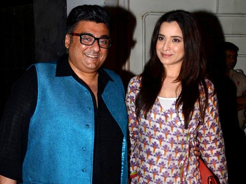 Simone Singh and her husband and filmmaker Farhad Samar during the special screening of Badlapur. (Photo: IANS)