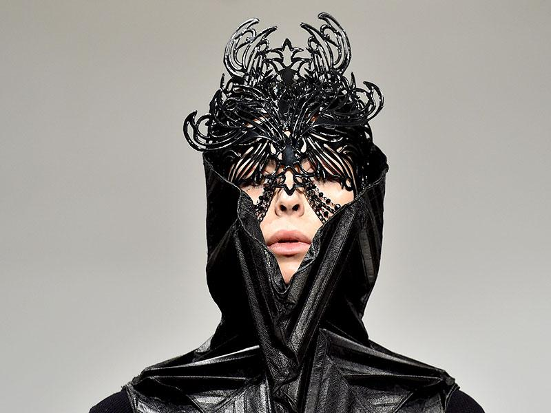 Marko Mitanovski's dramatic approach to accessories was perfectly illustrated by this fairytale-like mask.