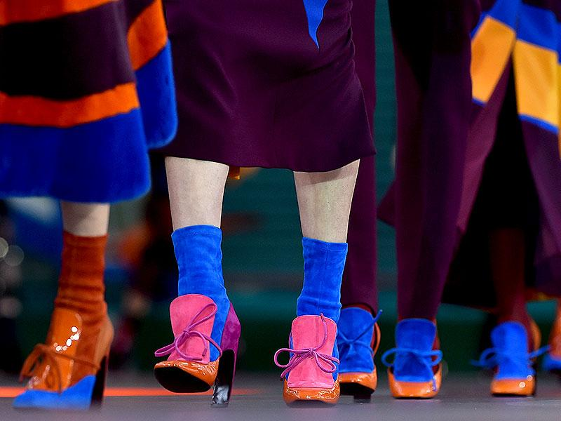 Patent and suede panels in bold clashing colours adorned the feet of the models at the Roksanda Ilincic show.